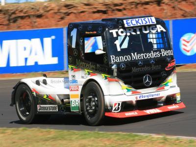 Cirino larga na pole position da F-Truck em Porto Alegre
