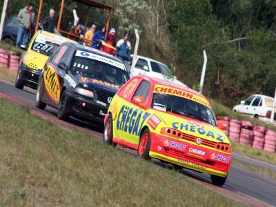 Curitiba encerra o Paranaense de Automobilismo