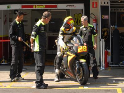 Zandavalli larga em terceiro em prova de motociclismo em SP