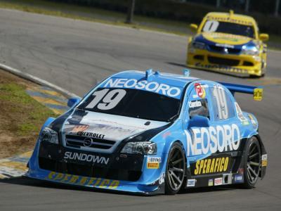 Sperafico corre em Brasília em busca da 1ª vitória na Stock Car