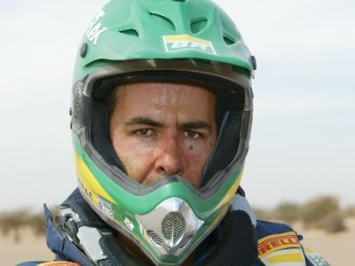 Jean vence a 14ª das motos e faz história no Rali Dakar