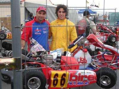 Paranaense fica entre os 20 melhores no Mundial de Kart
