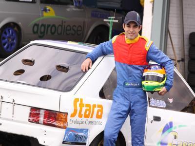Gelain tem mais uma decisão no automobilismo do Paraná