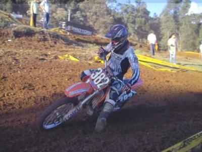 Felipe Menegazzo confirma títulos no motocross
