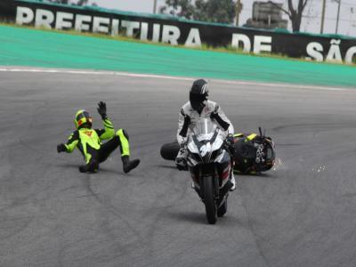 Zandavalli sofre fratura de fêmur em prova de motociclismo em SP