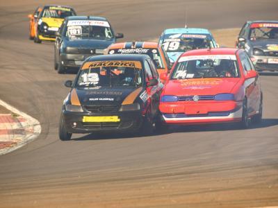 Automobilismo do Paraná decide dois campeonatos em Cascavel