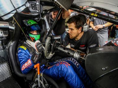 Myasava se surpreende com primeiros treinos na Stock Car