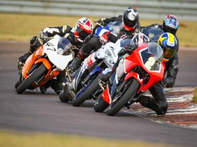Frio de Cascavel desafia pilotos da Copa Paraná/Sul de Motovelocidade