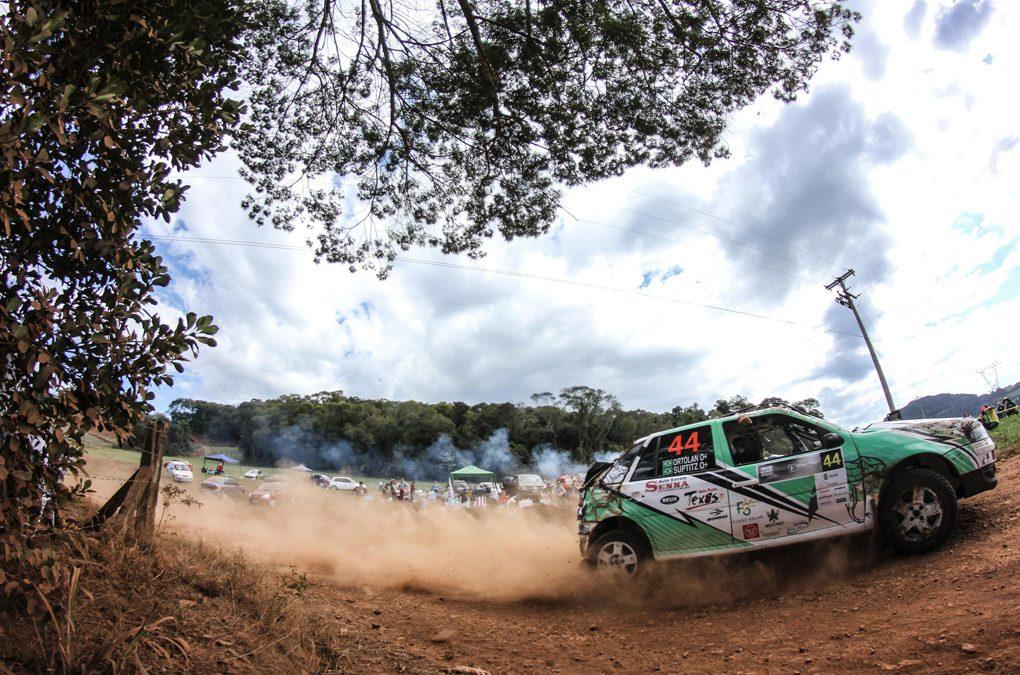 Paranaenses defendem a liderança da categoria RC4 no Brasileiro de Rali