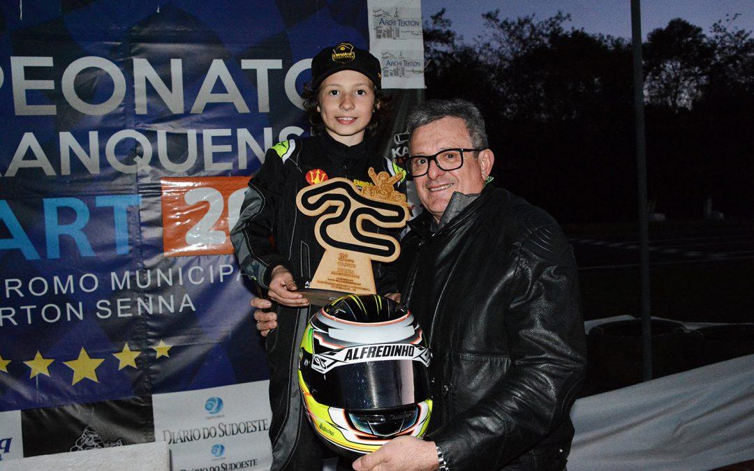 Ibiapina conquista o 3º lugar no Open do Paranaense de Kart