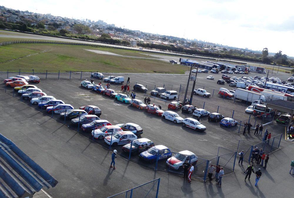 Em sábado de sol forte, Metropolitano de Curitiba define grid da 4ª etapa