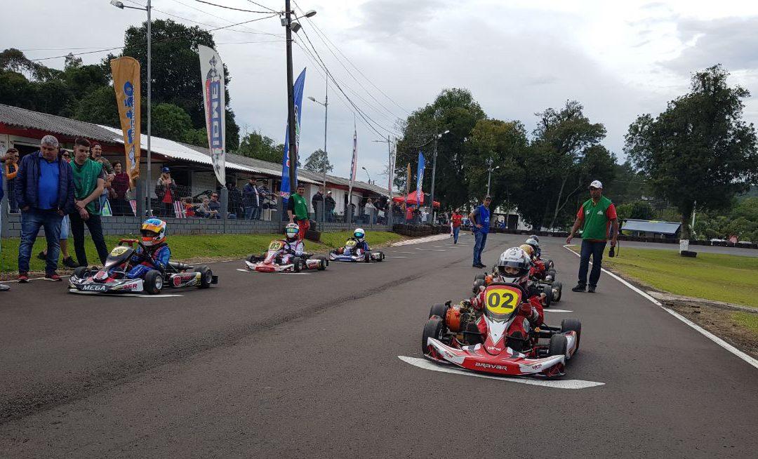 Federação divulga programação e adendo do Paranaense de Kart