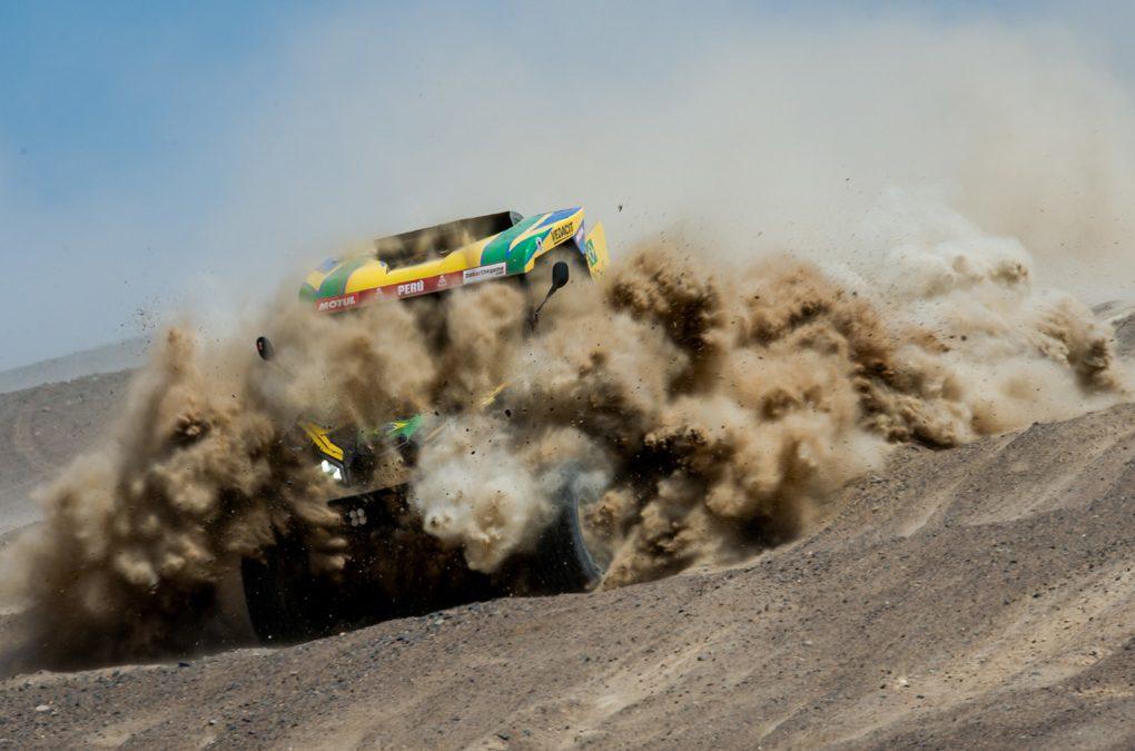 Brasileiros reassumem a liderança da categoria UTVs no Rali Dakar