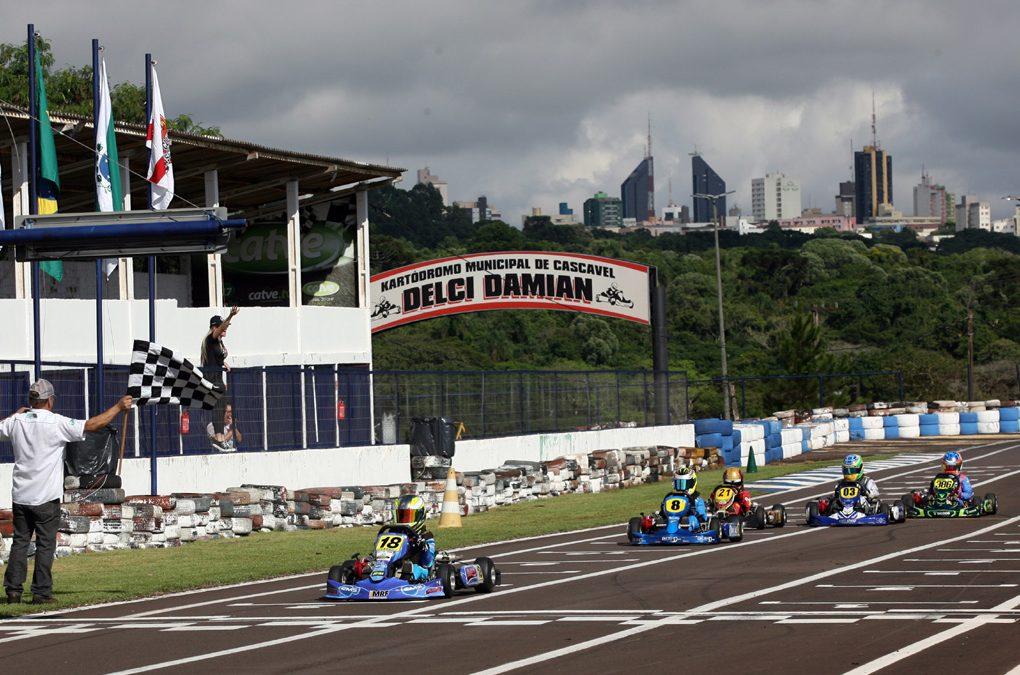Metropolitano de Cascavel inicia como um bom teste para o Brasileiro de Kart