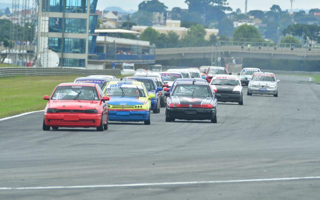 Paranaense de Velocidade prossegue em Curitiba