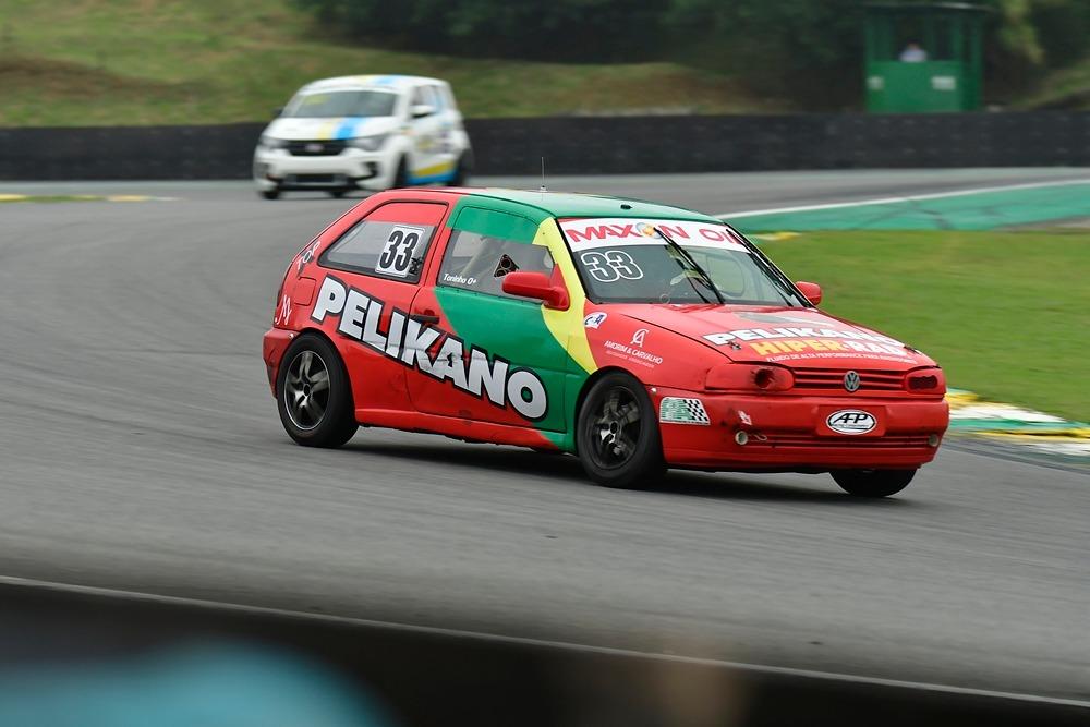 Pilotos da equipe Mig Motorsport têm fim de semana gratificante no Turismo Nacional