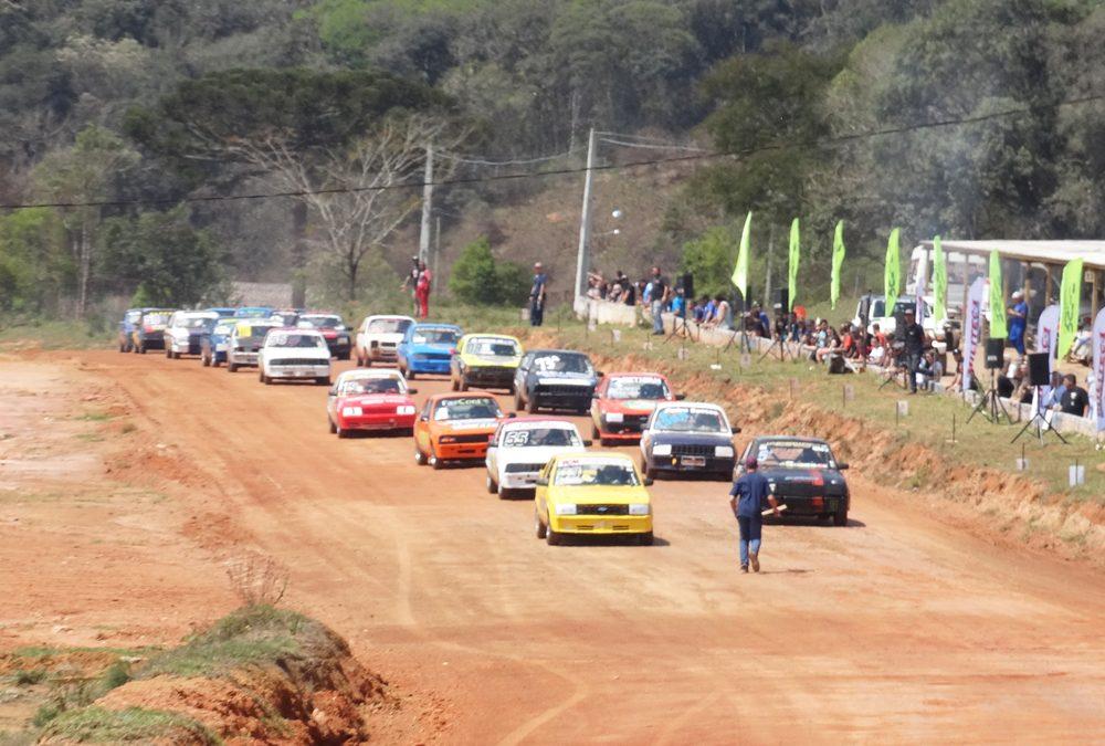 Penúltima etapa da Velocidade na Terra tem a participação de 61 carros