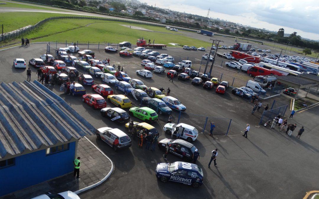 Curitibano de Velocidade de Curitiba começa com 70 carros