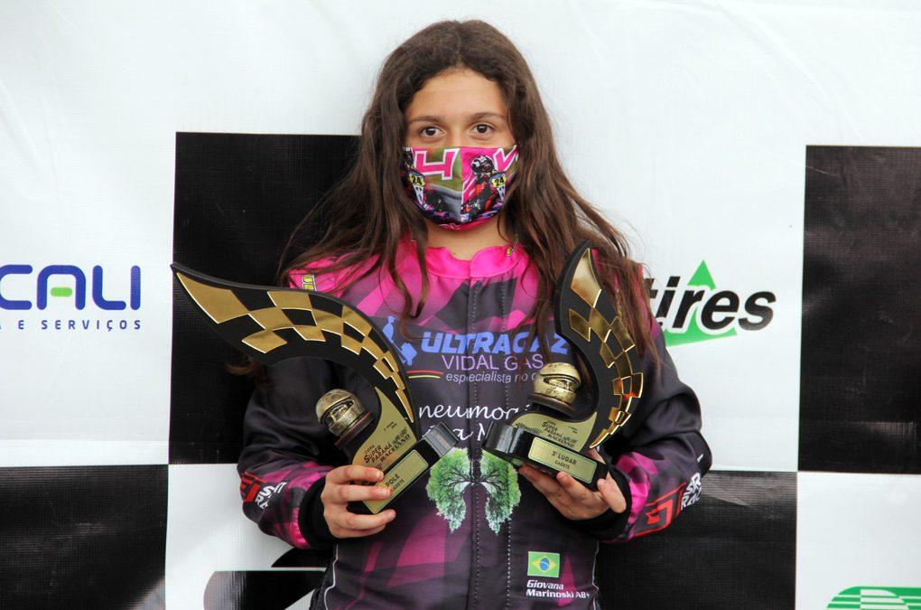 Giovana Marinoski treina dois dias no Speed Park