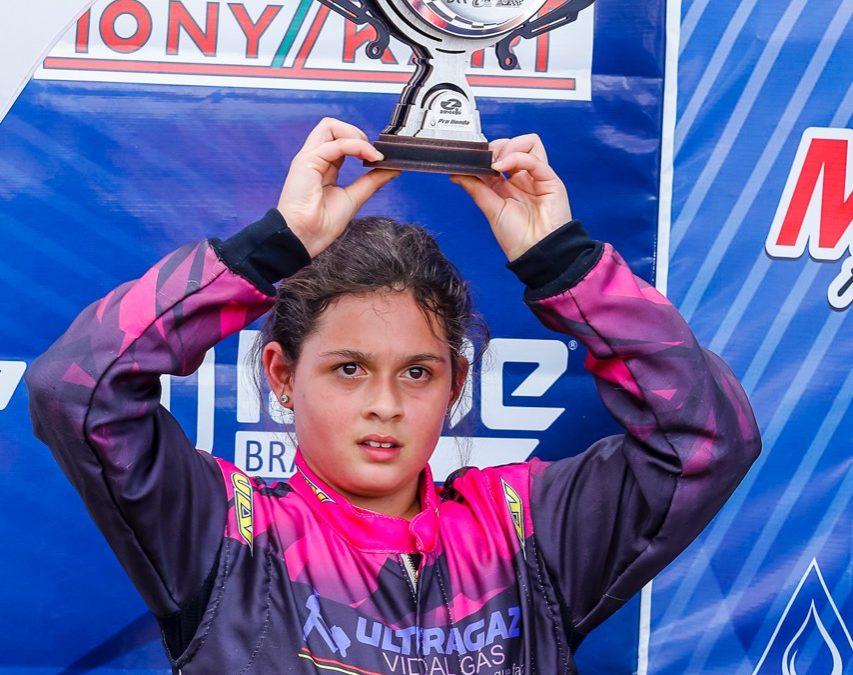 Giovana Marinoski considera seu 1º Brasileiro de Kart uma grande aula