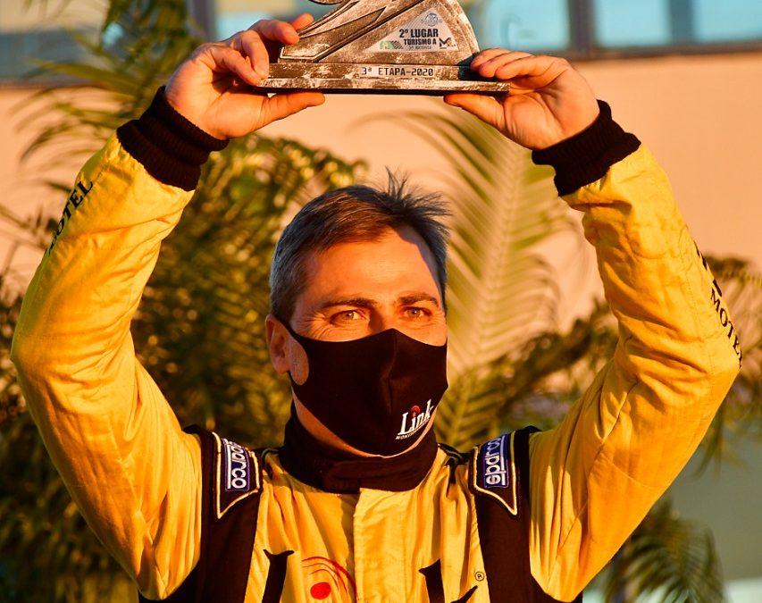 Sanito Cruz Júnior sagra-se campeão Paranaense da Turismo A