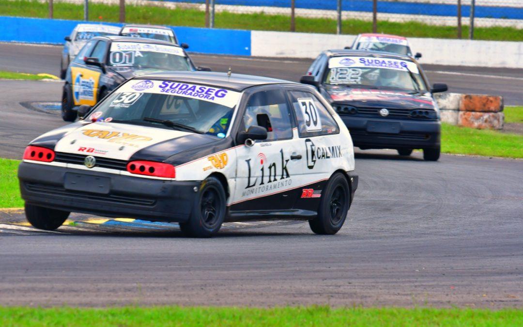 Automobilismo do Paraná terá decisão atrasada neste sábado e domingo