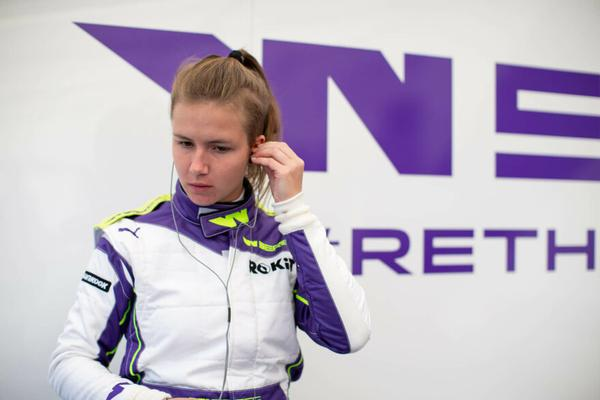 Bruna Tomaselli inicia temporada da W Series neste sábado, na Áustria
