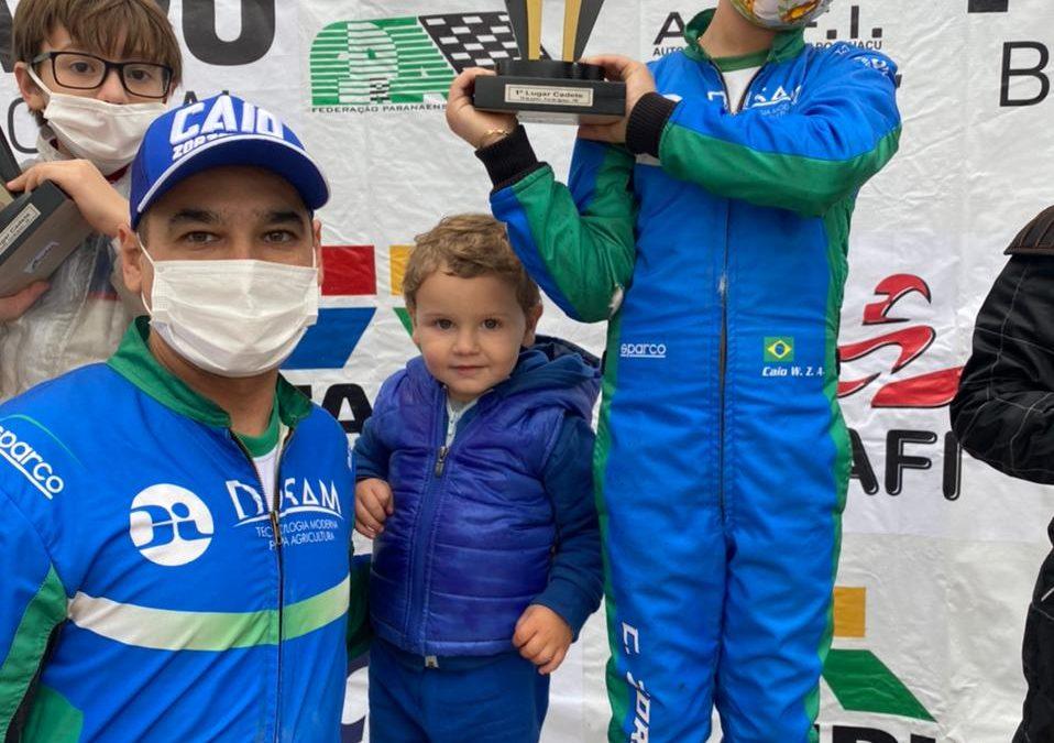 Caio Zorzetto disputa pela 1ª vez o Paranaense de Kart