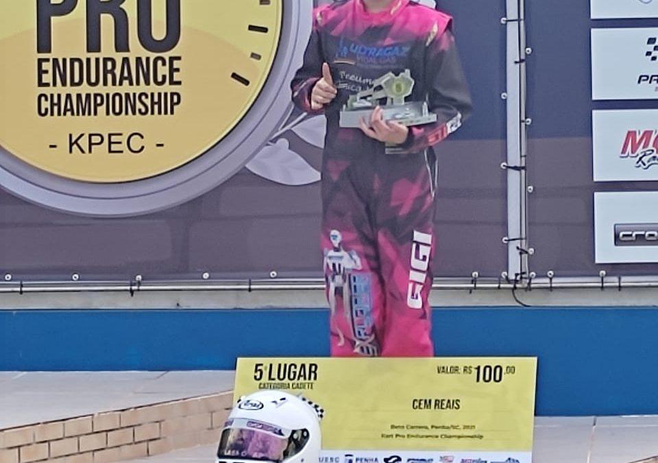 Giovana conquista o 5º lugar no Kart Pro Endurance em Santa Catarina