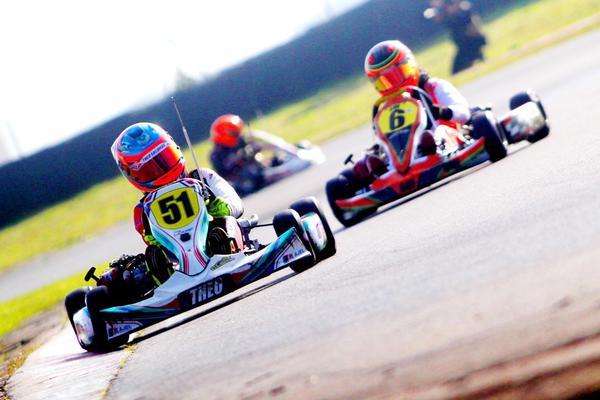 Sonhada vitória de Theo Salomão no Kartódromo de Interlagos chega em dose dupla